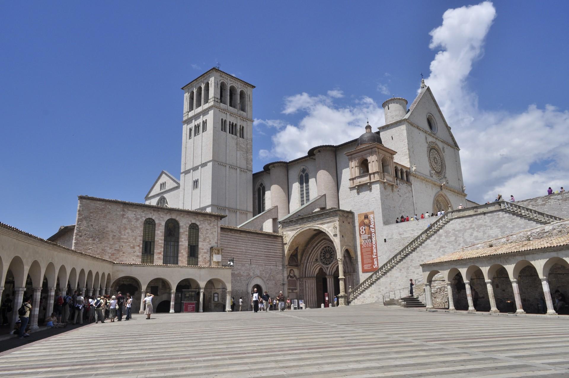 """Assisi, il 14 e 15 aprile le scuole italiane, """"Sui passi di Francesco"""""""