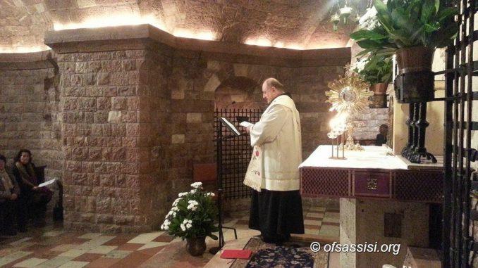 Serata di preghiera in Tomba martedì 22 marzo 2016 Serve arrivare un po' prima perché l'Adorazione comincerà proprio alle 21